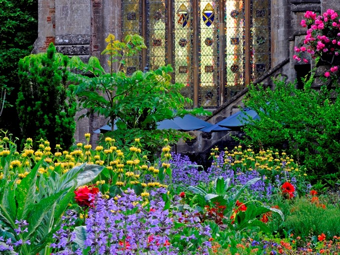 Gardens illustrated image resized Landscape 4.3.jpg
